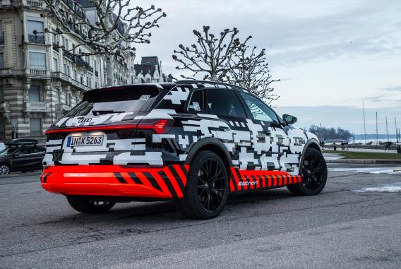 Audi E Tron Das Hybrid Elektroauto Von Audi Motor Nutzel